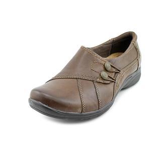 Earth Origins Women's 'Dallas' Leather Dress Shoes - Wide