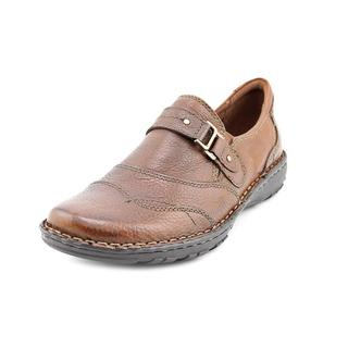 Earth Origins Women's 'Clinton' Leather Casual Shoes