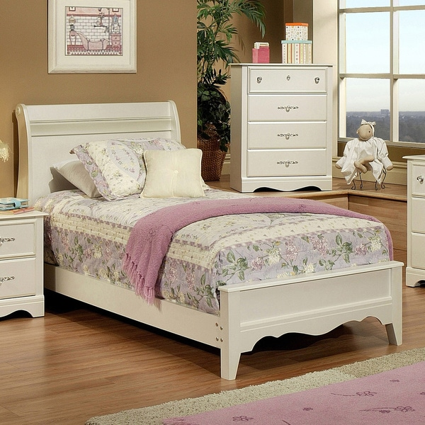 Sandberg Furniture Enchanted Pearl White Sleigh Bed