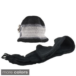 Kate Marie 'Tracy' Two-tone Knit Beanie and Scarf Set