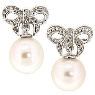 Pearlz Ocean White Freshwater Pearl and White Topaz Earrings (10-11mm)