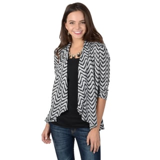 Journee Collection Women's Three-quarter Sleeve Chevron Print Cardigan