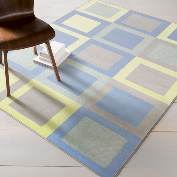Meticulously Woven Check Rug (2' x 3