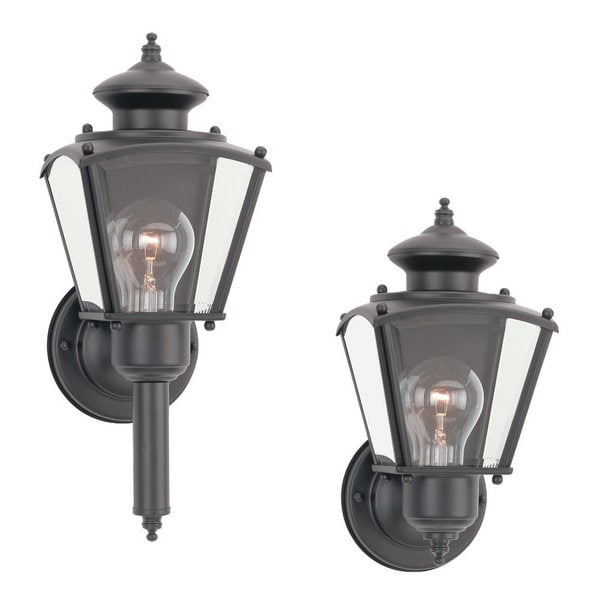 Single-light New Castle Classic Wall Lantern Fixture