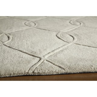 Hand-tufted Ivory Wool Nature Rug (5' x 8')