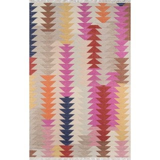 Tribal Elegance Hand-woven Multi Arrow Wool Rug (5' x 7'6)