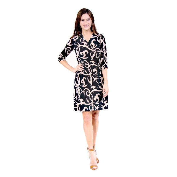 24/7 Comfort Apparel Women's Black/ Cream Wrap Dress