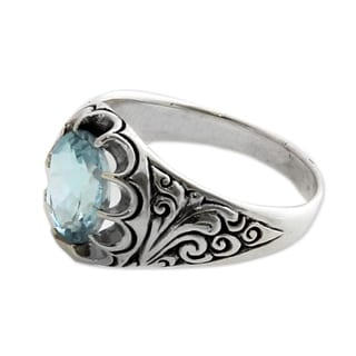 Sterling Silver 'Beratan Sky' Blue Topaz Flower Ring (Indonesia)