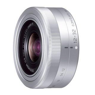 Panasonic lumix vario G 12-32mm/ F3.5-5.6 ASPH./ MEGA OIS H-FS12032 Lens