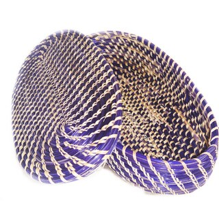 Hand-crafted Medium Oval-shaped Purple/ Natural Wicker Basket (Ethiopia)