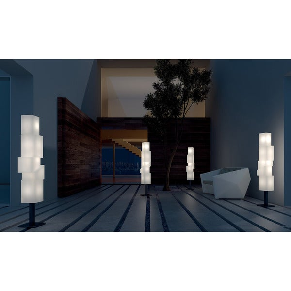 Moment D Floor Lamp