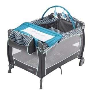 Evenflo Portable BabySuite Deluxe in Monaco