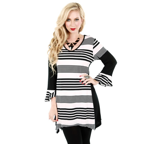 Firmiana Women's Black and White Striped Casual Tunic
