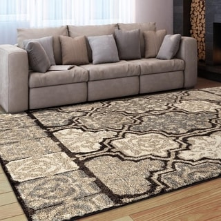 Cosmopolitan Collection Maclean Beige Olefin Area Rug