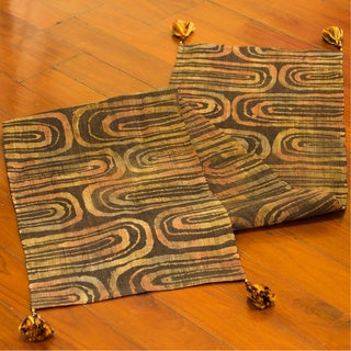 Handcrafted Batik Hemp 'Earthen Pools' Table Runner (Thailand)