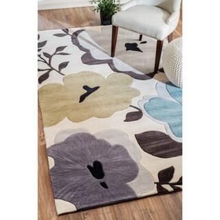 nuLOOM Hand-tufted Modern Floral Beige Rug (5' x 8')