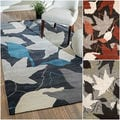 nuLOOM Hand-tufted Modern Leaves Rug (5' x 8')