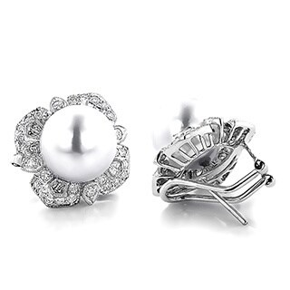 18k White Gold 1 5/8ct TDW Diamond and South Sea Pearl Earrings (G-H, VS1-VS2) (13 mm)