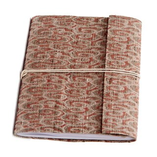 Hand-woven Red Swirl Damask Weave Silk Notebook (India)