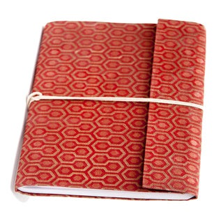 Hand-woven Red Honeycomb Damask Weave Silk Notebook (India)