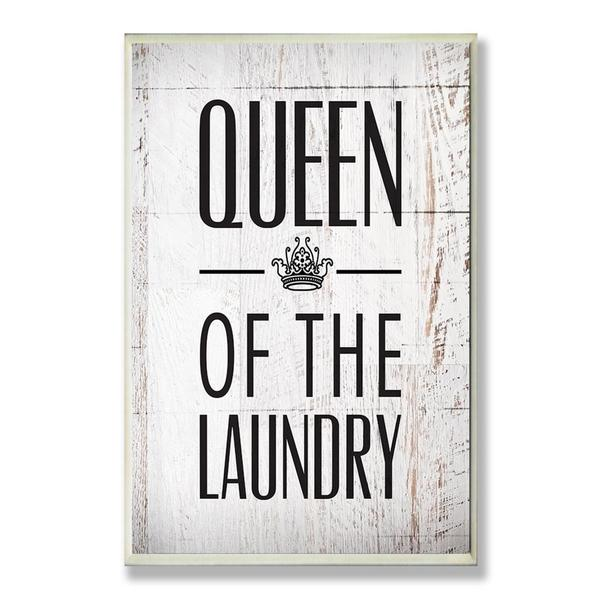 Queen Of The Laundry Crown Wall Plaque