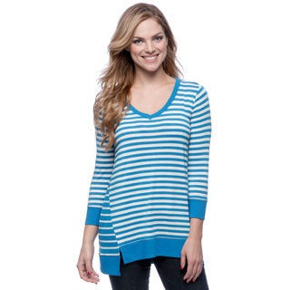 Cable & Gauge Surfer Blue and Grey Striped V-neck Sweater