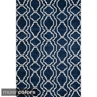 Aaron Moroccan Microfiber Woven Rug (3'6 x 5'6)