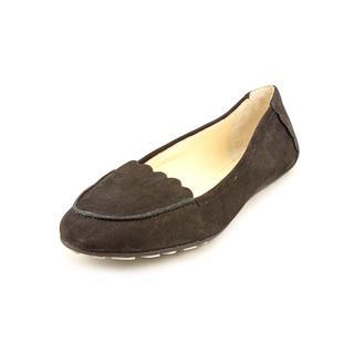 Tahari Women's 'Gwen' Regular Suede Casual Shoes