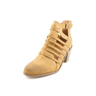 G By Guess Women's 'Giya' Regular Suede Sandals