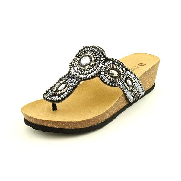 White Mountain Women's 'Blast' Leather Sandals