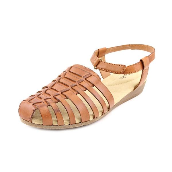 Clarks Women's 'Jaina Canary ' Leather Sandals - Wide