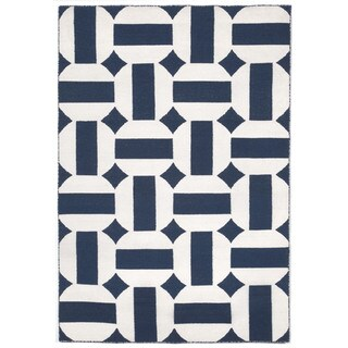 Hand-woven Stripe In Circle Navy Outdoor Rug (5' x 7'6)