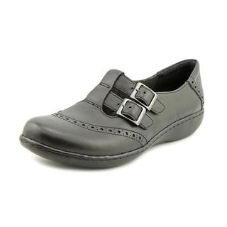 Clarks Women's 'Ashland Gallop' Leather Casual Shoes