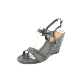 Mia Women's 'Kenya' Man-Made Sandals