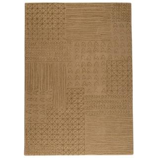 Hand-tufted Trip Beige New Zealand Wool Rug (4'6x 6'6)