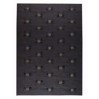 Hand-woven Napo Charcoal New Zealand Wool Rug (4'6x 6'6)