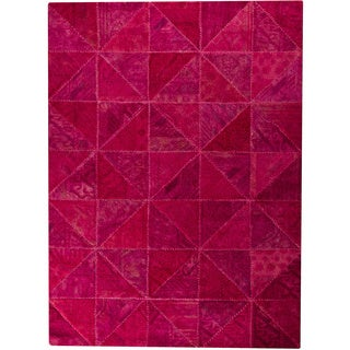 Hand-tufted Tile Pink New Zealand Wool Rug (5'2 x 7'6)