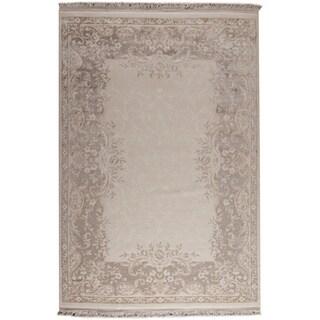 Abun White/ Beige New Zealand Wool Rug