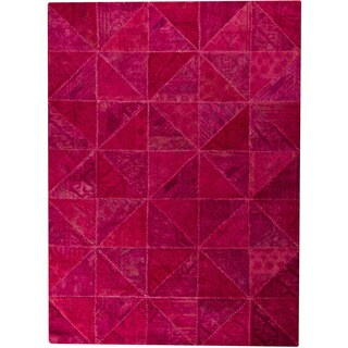 Hand-tufted Tile Pink New Zealand Wool Rug (7'10 x 9'10)