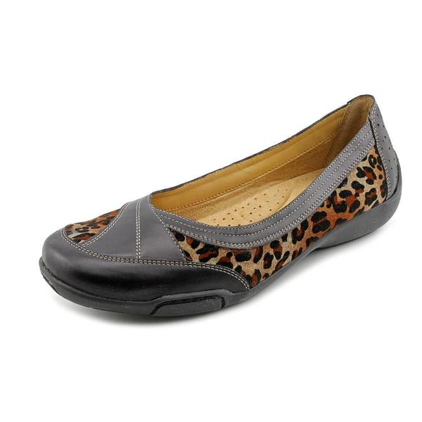 Auditions Women's 'Verona II' Animal Print Casual Shoes