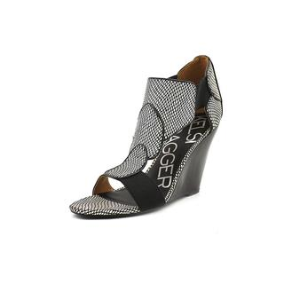 Kelsi Dagger Women's 'Elin' Synthetic Sandals