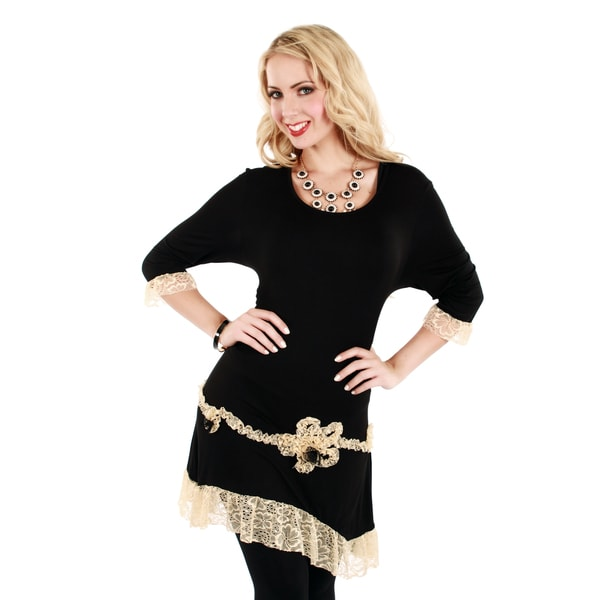 Firmiana Women's Black/ Cream Lace 3/4-sleeve Top