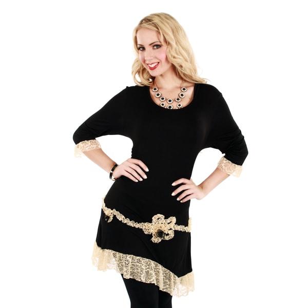 Firmiana Women's Black/ Cream Lace 3/4-sleeve Top