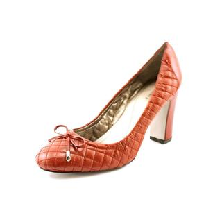 Tahari Women's 'Lucile' Leather Dress Shoes