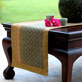 Hand-crafted Silk Cotton 'Teal Heaven' Table Runner (Thailand)