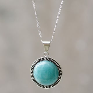 Hand-crafted Sterling Silver 'Andean Moon' Amazonite Necklace (Peru)