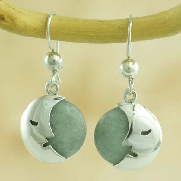 Handmade Sterling Silver 'Cool Crescent Moon' Jade Earrings (Guatemala) 14405259