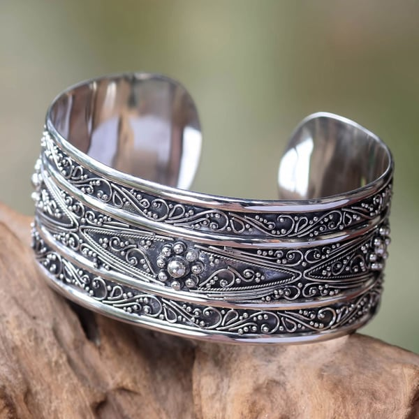 Hand-crafted Sterling Silver 'Midnight Lace' Bracelet (Indonesia)