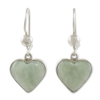 Hand-crafted Sterling Silver 'Innocent Heart' Jade Earrings (Guatemala)