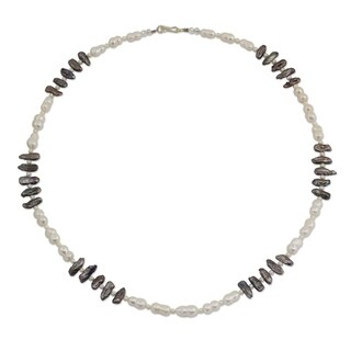 Handcrafted Cultured Pearl 'Sweet Jasmine' Strand Necklace (Thailand)